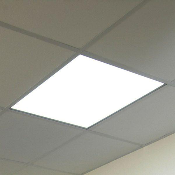 panel led 36w 60x60cm σε οροφή από ορυκτή ίνα